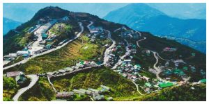 Sikkim is slowly opening up for tourists, the tourist center is growing crowded
